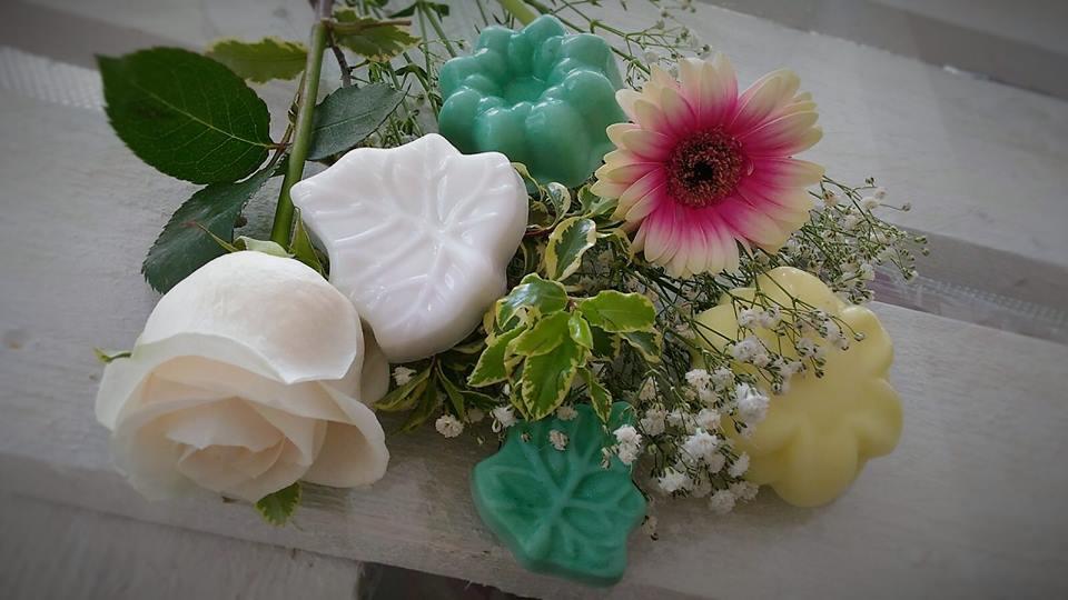 saponi profumati con fiori