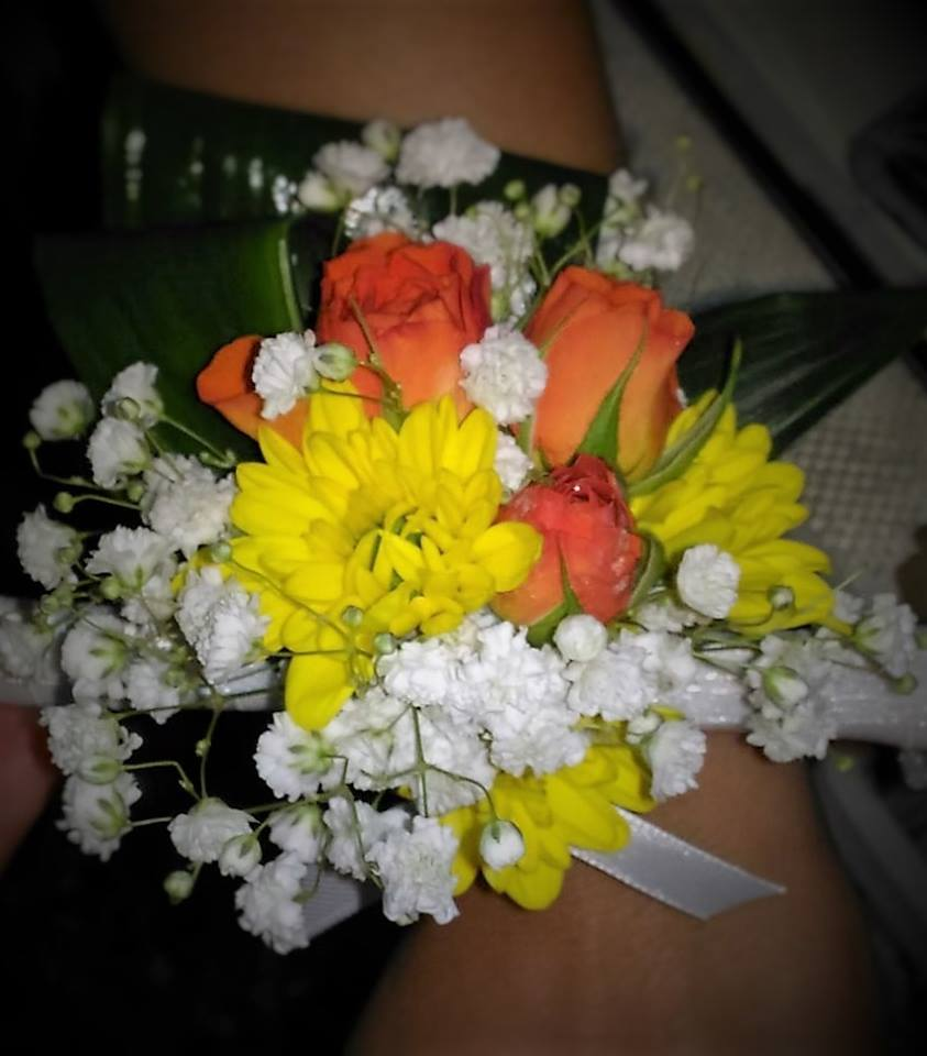 braccialetto con fiori